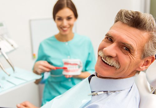 Can chipped dentures be repaired?
